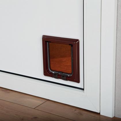 TRIXIE Czterofunkcyjne drzwi dla kota, kolor brązowy