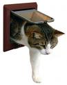 TRIXIE Drzwi wahadłowe dla kota z tunelem, brązowe