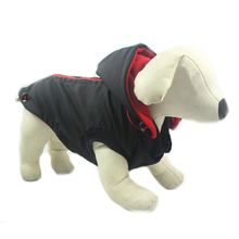 PCHEŁKA Kurtka softshell'owa dla psa, czarna z czerwonym zamkiem
