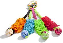 DINGO GRYZAK MOP BUNGEE Z PIŁKĄ -  kolorowa zabawka gryzak – szarpak z piłką dla psa